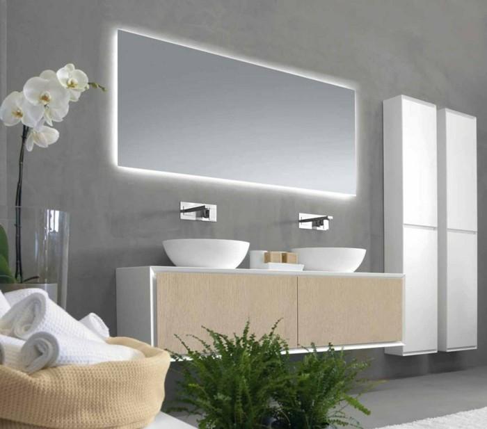 miroir-rectangulaire-design-rifra-idee-miroir-salle-de-bain-moderne-miroir-écairant-salle-de-bain
