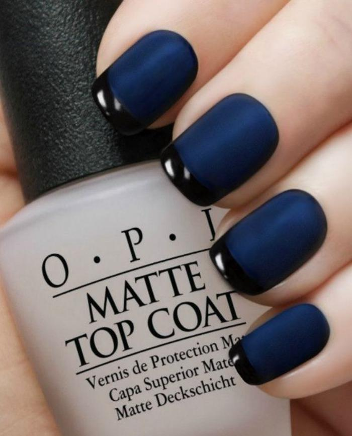 modèle-ongles-french-manucure-bleue-pour-aller-au-travail