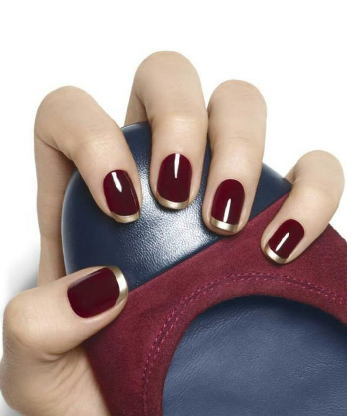 modèle-ongles-nail-art-élégant-french-manucure