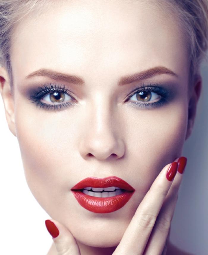 modele-de-maquillage-pour-soirée-tuto-maquillage-noel