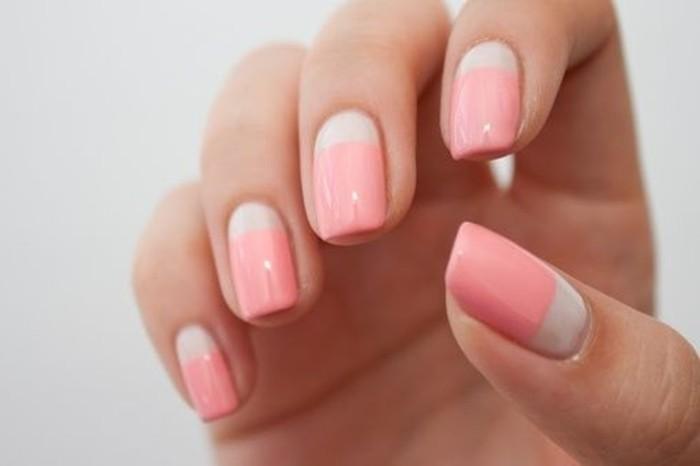 Chambre Originale Adulte : modele-ongle-gel-en-rose-et-beige-idees-deco-ongle-facile-a-faire
