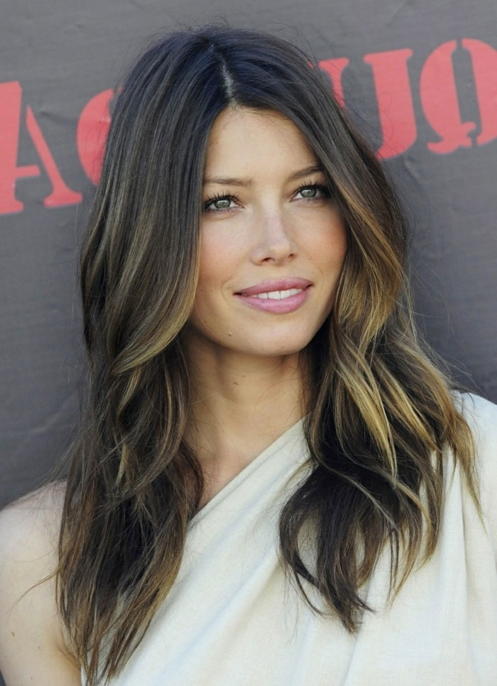 moderne-balayage-cheveux-chatain-moderne-jessica