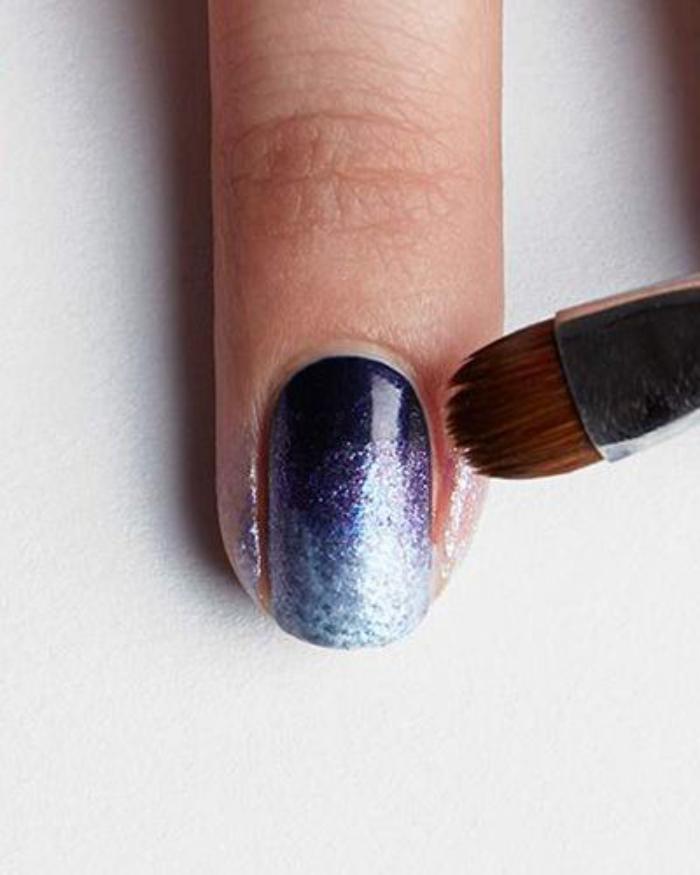 nail-art-facile-avec-un-effet-lumineux-idées-déco-ongles