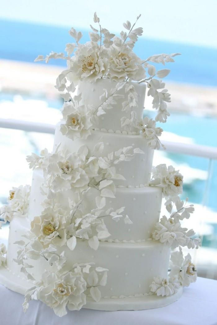 pièce-montée-mariage-rustique-blanche