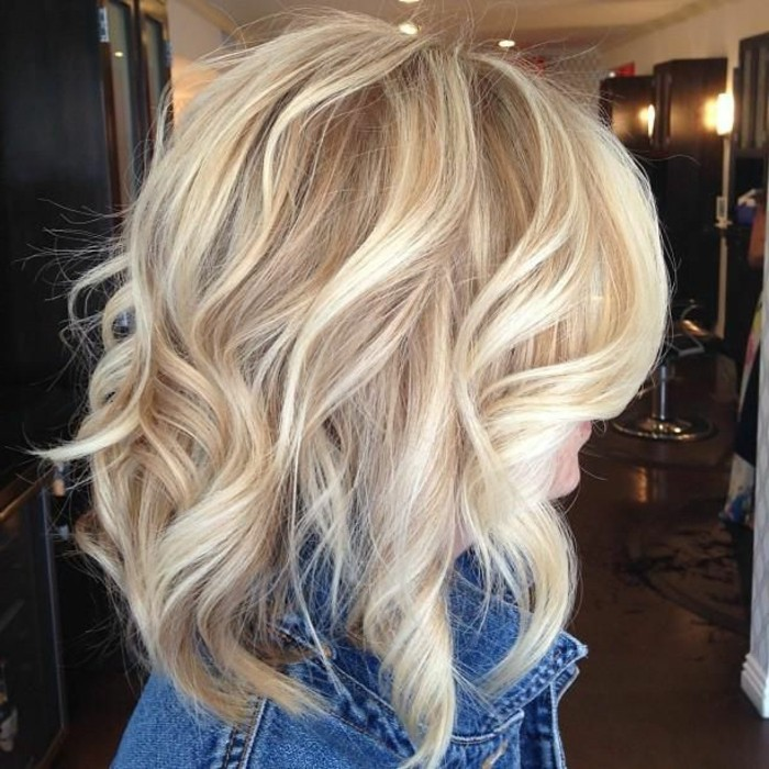 quel-balayage-blond-sur-cheveux-chatain-faire-blonde