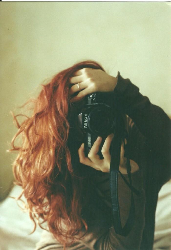 quelles-couleurs-cheveux-rouge-acajou-photographe