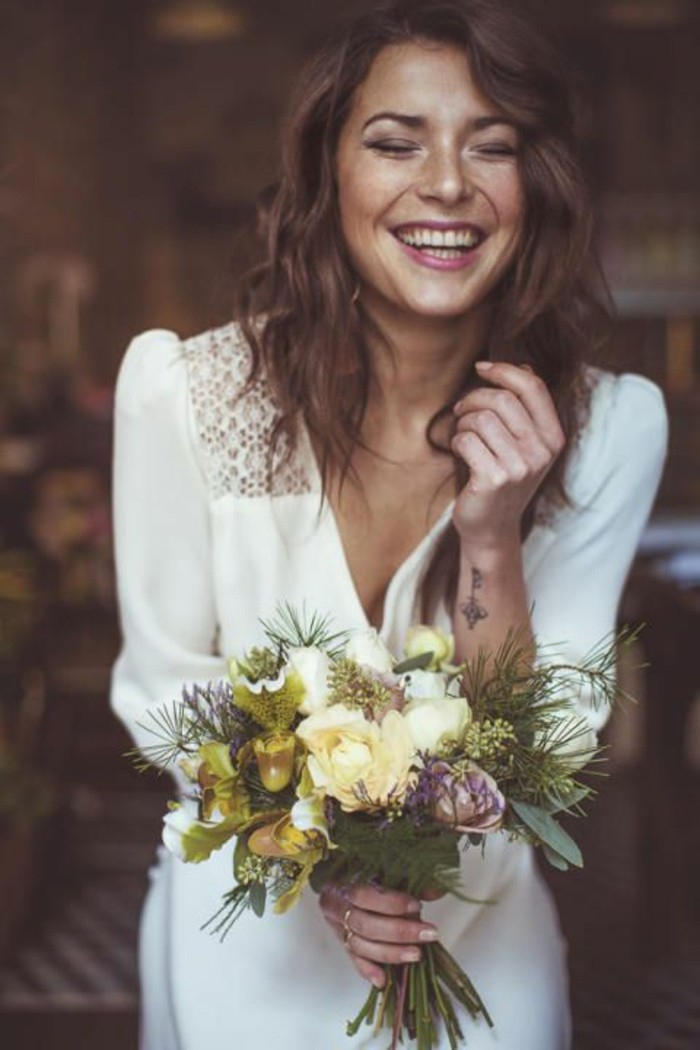 Robe de mariage civil en 60 images tendances 2016 2017 for Robes de fleurs pour les mariages