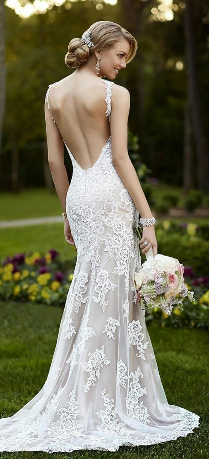 Magnifique modèle de robe de mariée en champagne avec dos nu: