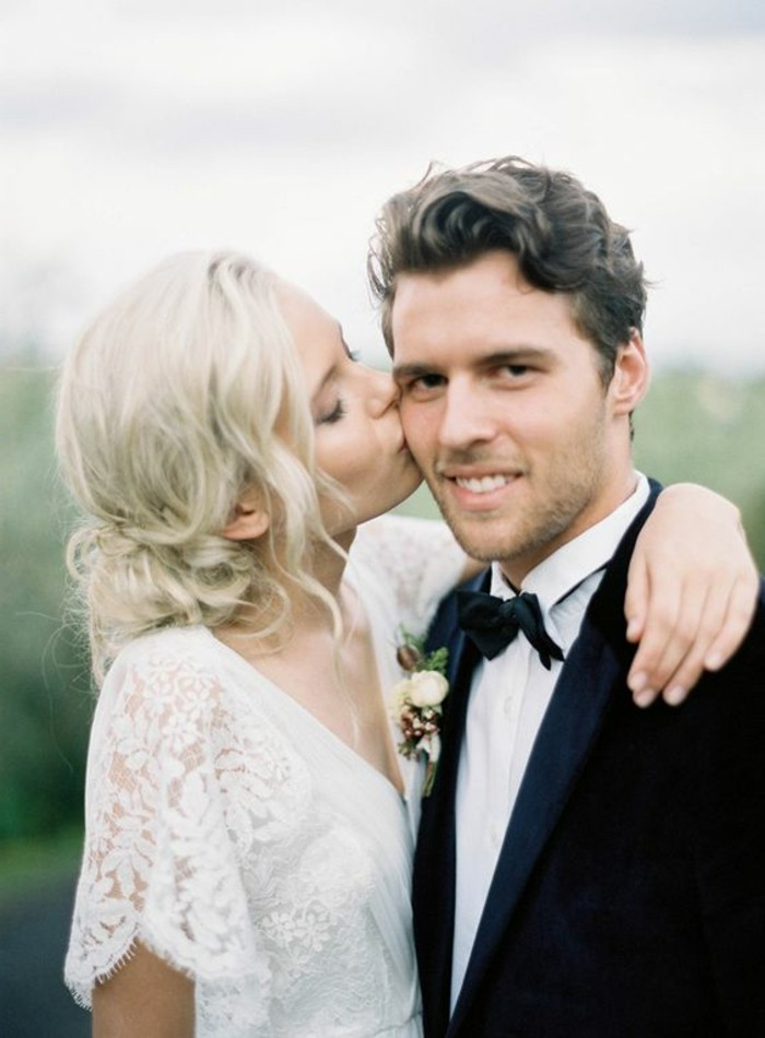 robe-mariage-civil-hiver-manches-mi-longues-en-dentelle-costume-blanc-noir-pour-les-hommes