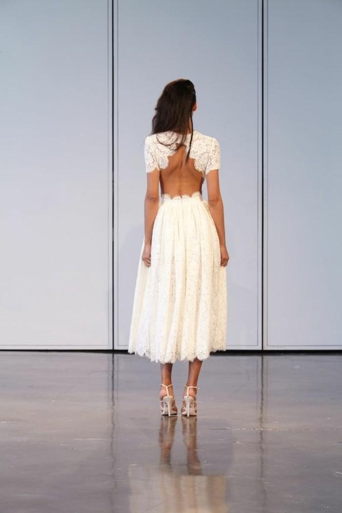 robe-mi-longue-en-dentelle-blanche-talons-hauts-sandales-robe-mi-longue