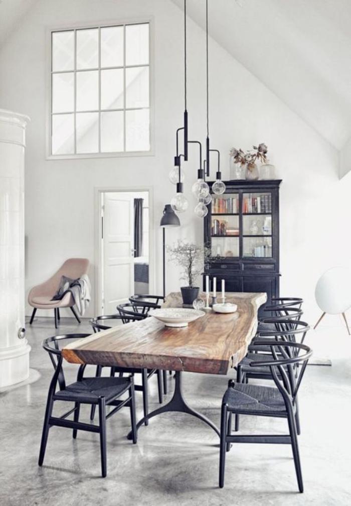 salle-à-manger-style-industriel-table-de-métal-et-bois-brut