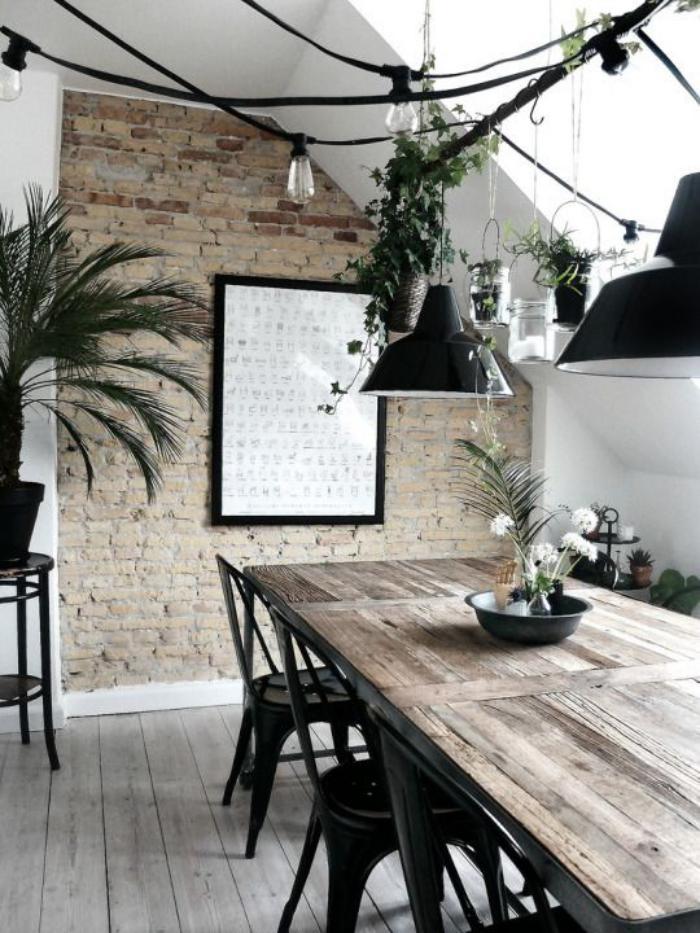 salle-à-manger-style-industriel-table-en-bois-rectangulaire