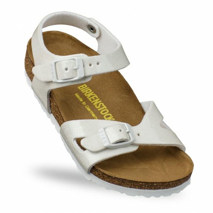 sandales-enfant-Birkenstock-blanches-resized