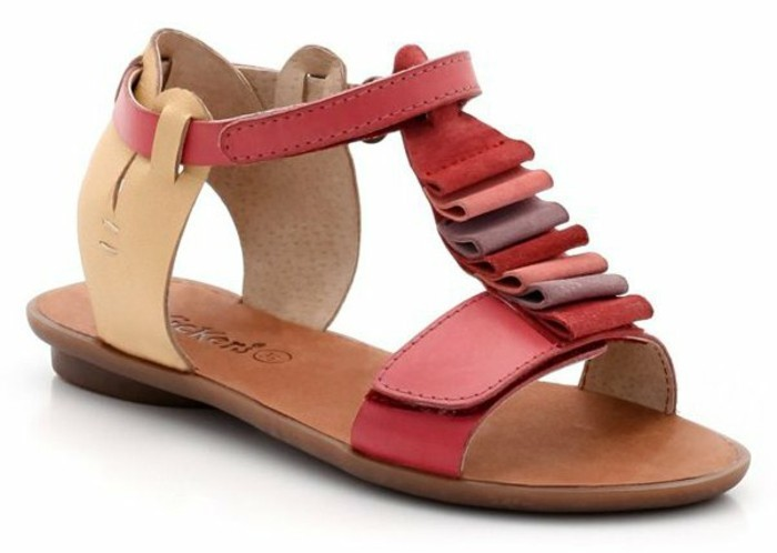 sandales-enfant-Kickers-Twenga-fr-resized