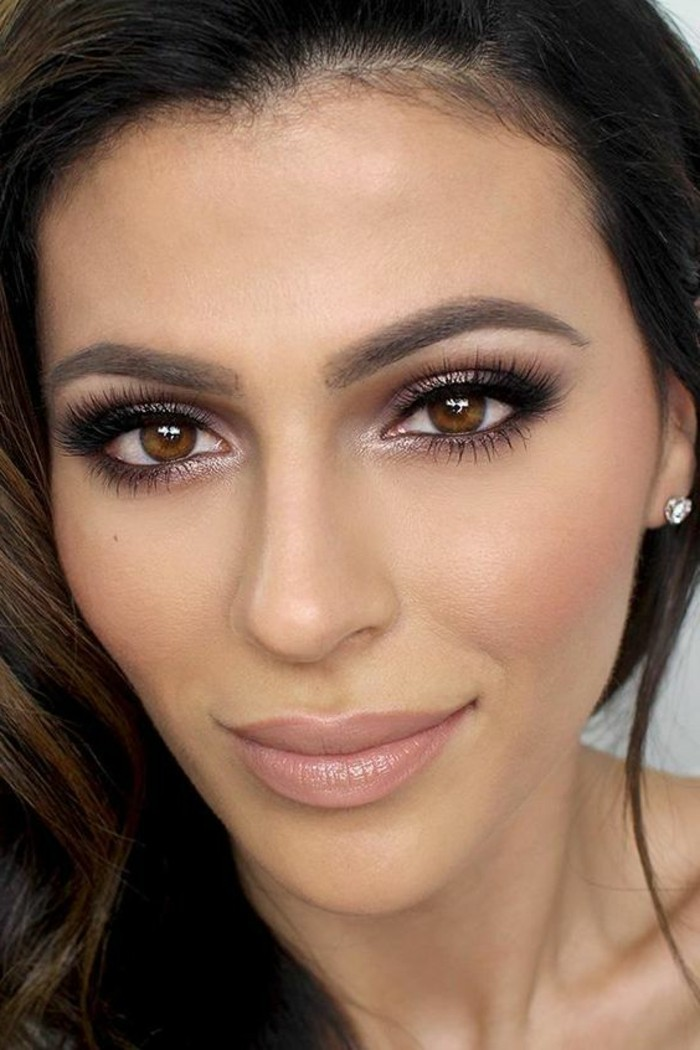 smokey-eyes-marron-tuto-maquillage-facile-et-dicret-maquillage-pour-yeux-marrons