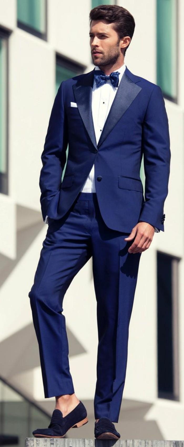 tenue-classe-homme-tenue-mariage-invité-bleu