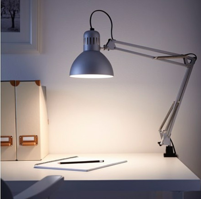 lampe de bureau led pas cher valdiz. Black Bedroom Furniture Sets. Home Design Ideas