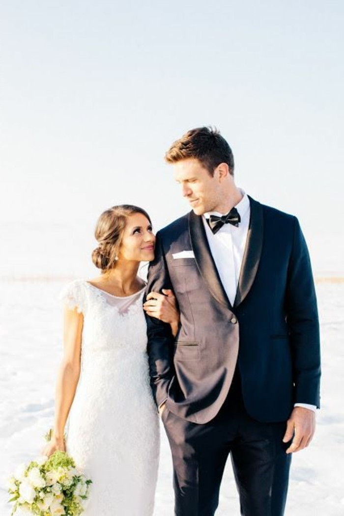 vetement-ceremonie-blanche-en-dentelle-costume-homme-mariage-robe-de-mariage-civil