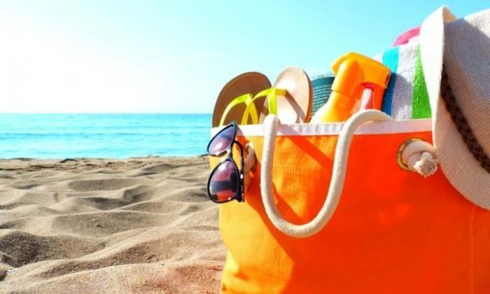 vue-au-bord-de-la-mer-vacances-sac-cabas-plage