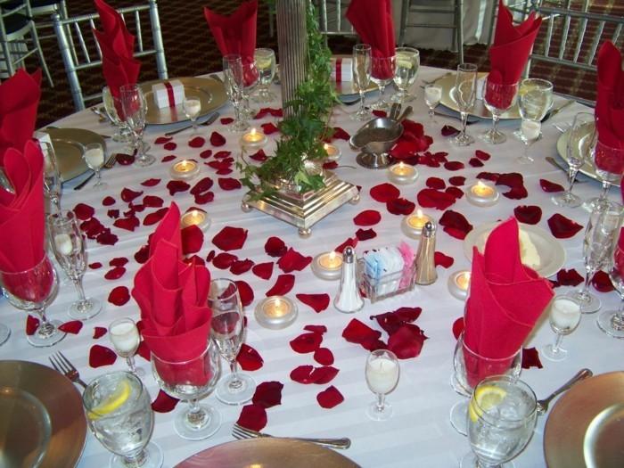 tables-de-fêtes-chemin-de-table-noel