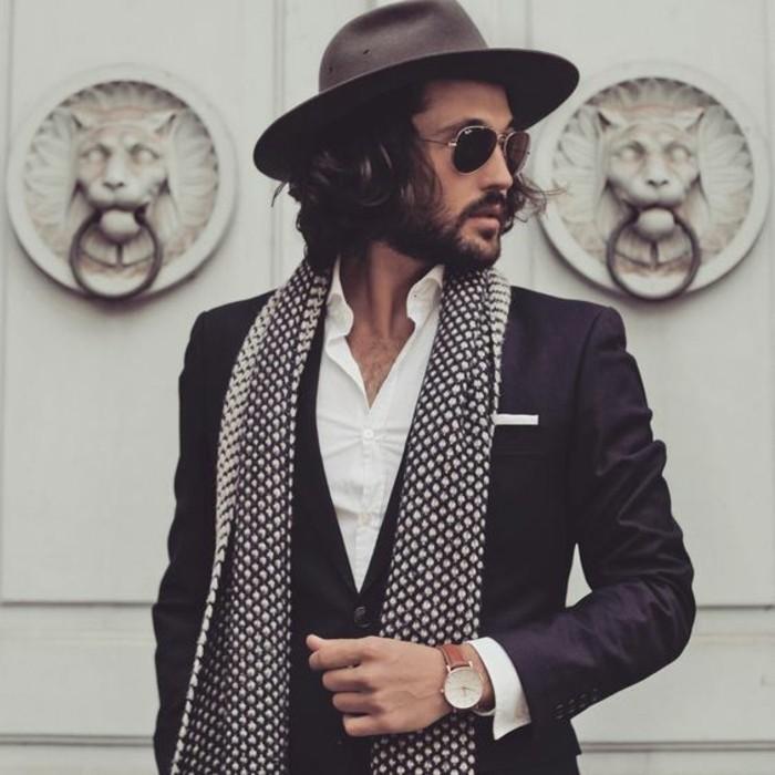 écharpe-pour-homme-tenue-casuel-avec-châle-magnifique