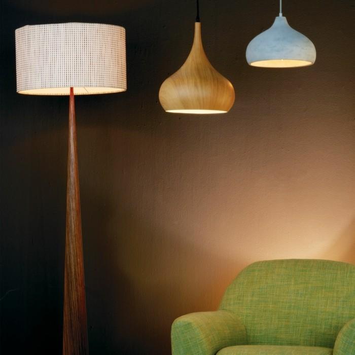 0-lustres-design-chic-salon-canapé-vert-mur-beige-interieur-de-salon-chic
