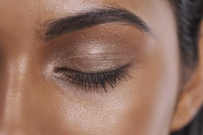 00-fard-a-paupiere-yeux-vert-ombre-yeux-en-marron-doré