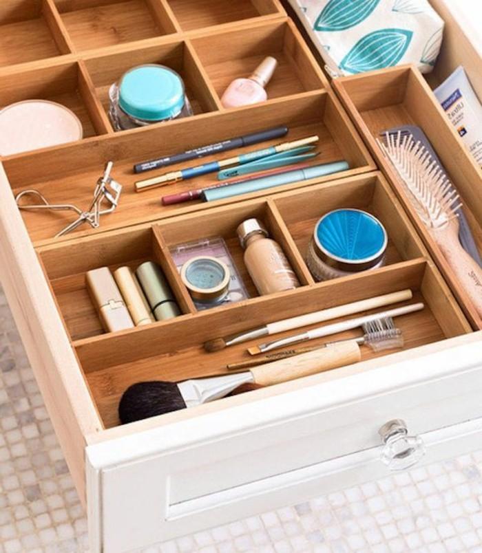 52 idees de rangement make up en photos et videos With meuble salle de bain la boite a outils