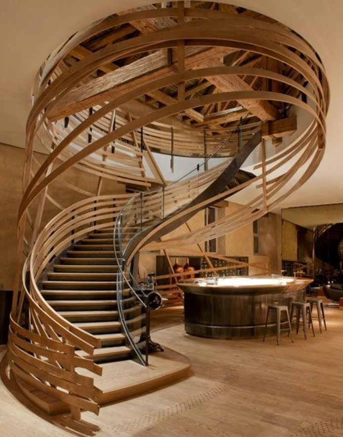 escalier-moderne-en-bois-escalier-design-extraordinaire-escalier-chef-d'oeuvre