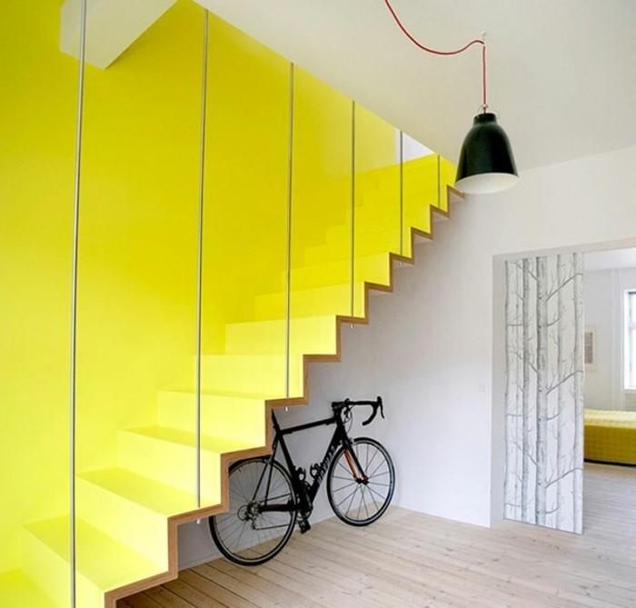 0escalier-moderne-en-jaune-merveilleuse-idée-escalier-design