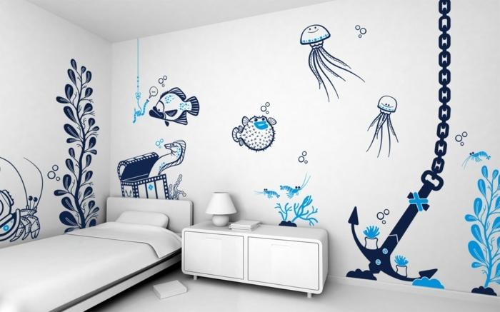 idee-peinture-chambre-enfant-blanche-jolis-dessins-inspirés-du-thème-de-la-mer-meubles-blancs-style-sobre-marin-très-intéressant