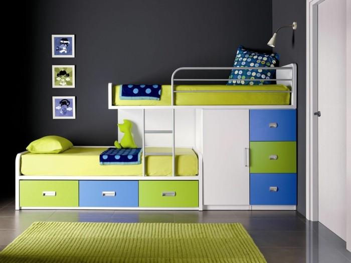 peinture-chambre-enfant-gris-foncé-combiné-avec-des-meubles-en-vert-et-bleu-tapis-vert