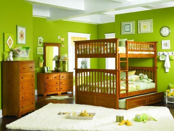 peinture-chambre-enfant-verte-lit-superposés-en-bois-commode-et-coiffeuse-en-bois-ambiance-zen-naturelle