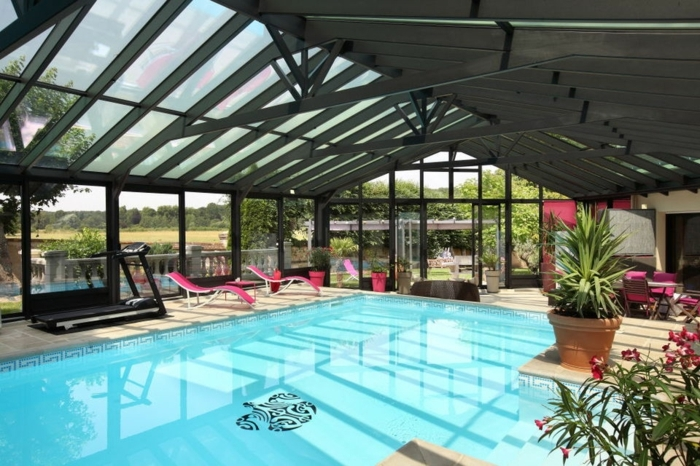 V randa alu avantages et top 5 des fabricants for Veranda moderne piscine
