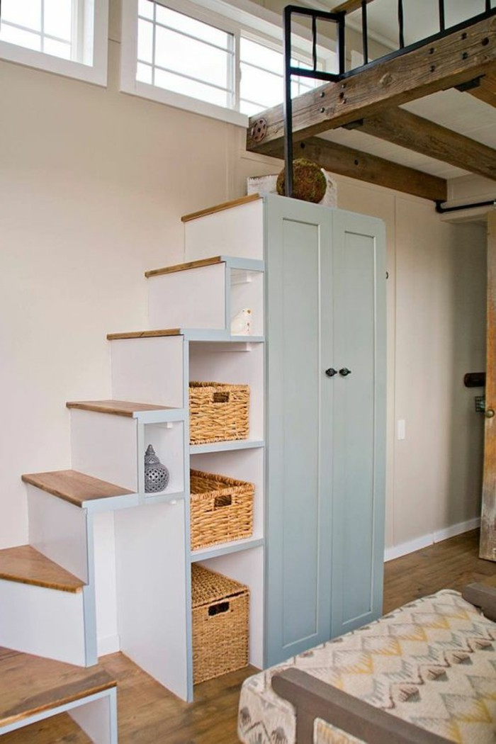 R novation escalier la meilleure id e d co escalier en un - Rangement sous escalier tournant ...