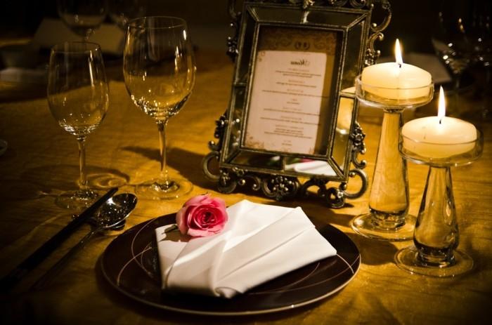 idee-soirree-st-valentin-deco-table-st-valentin-