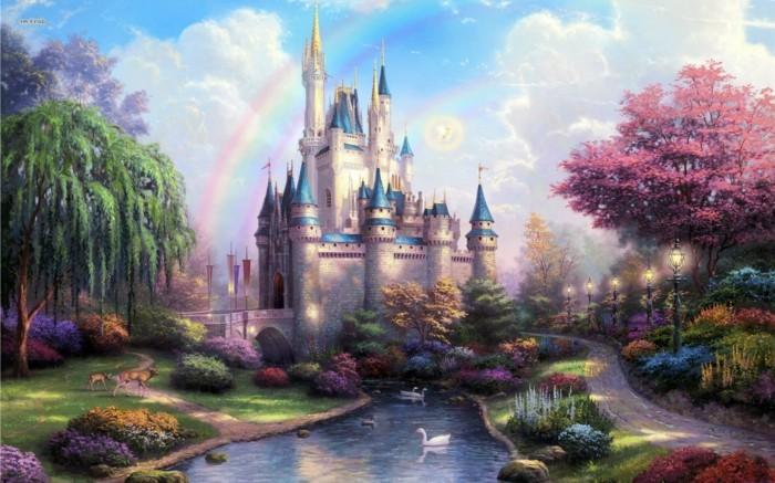 130-decoration Disney dans le jardin. Un chateau et un arc en ciel.