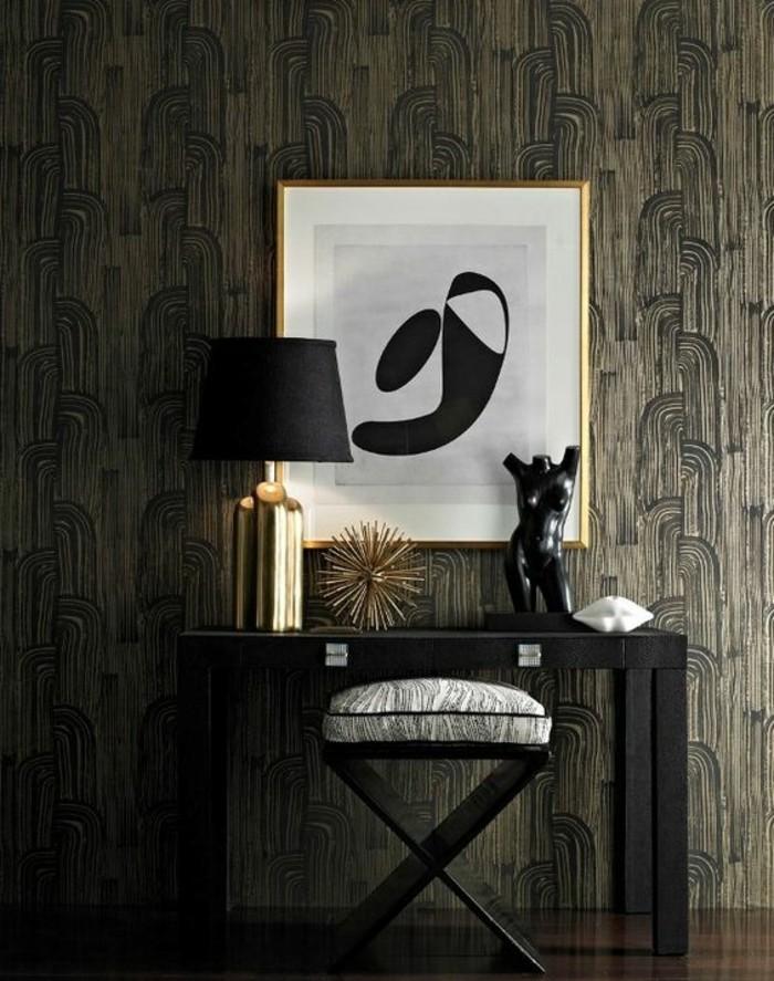 15-Papier peint pour couloir. Teints sombres.