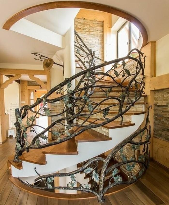 deco-escalier-très-jolie-rambarde-escalier-à-motifs-floraux-élément-déco-extraordinaire