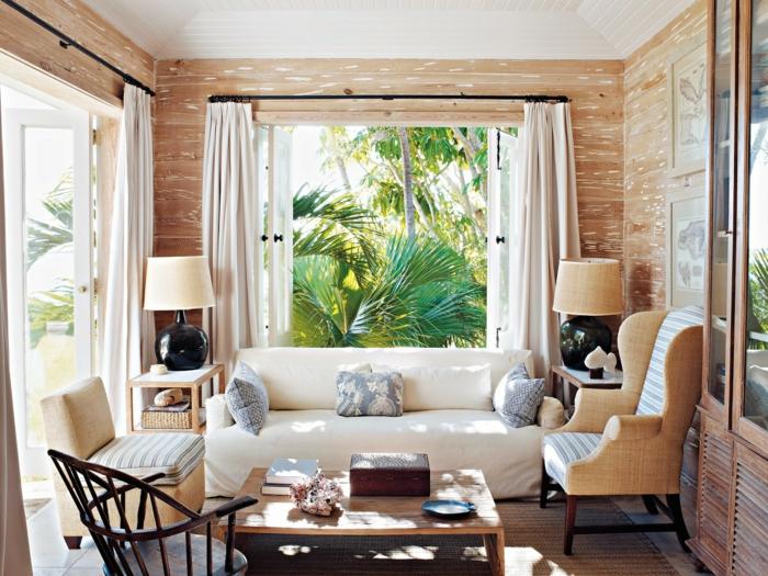 déco-véranda-petite-une-ambiance-cosy-veranda-aménagée-en-formidable-espace-de-repos-qui-s-ouvre-sur-un-paysage-exotique