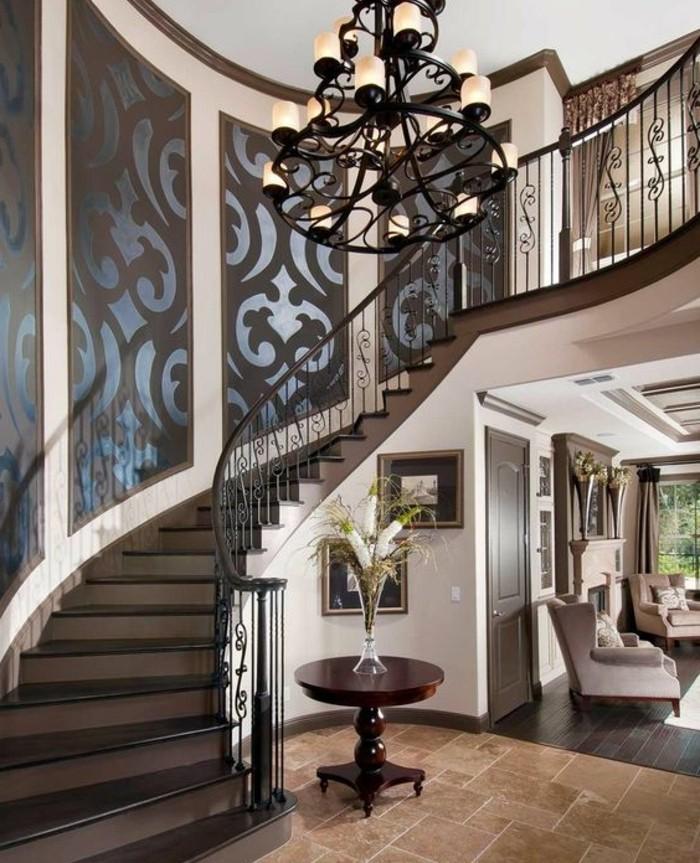 jolie-idee-deco-composé-de-panneaux-à-motifs-floraux-pour-apporter-une-touche-d'-originalité-au-décor-de-votre-maison