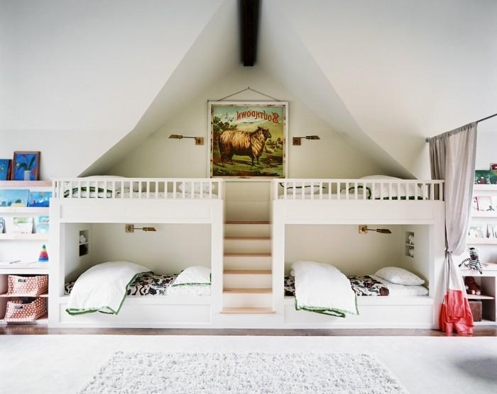 peinture-chambre-enfant-blanche-classique-lits-superposés-décor-épurée