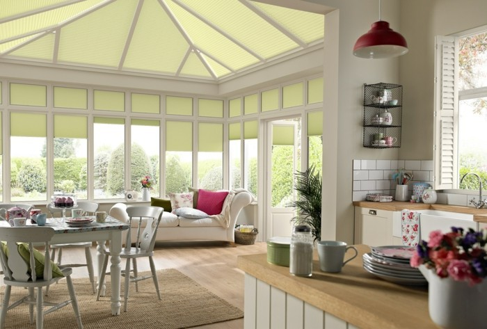 veranda-contemporaine-très-spacieuse-décor-mignon-une-suggestion-veranda-qui-fait-rêver