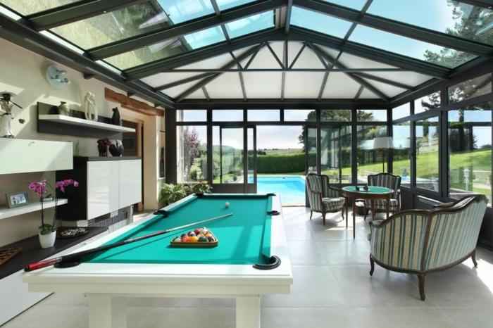 verand'art-veranda-alu-style-moderne-qui-a-abrité-un-espace-loisir-et-détente-déco-originale