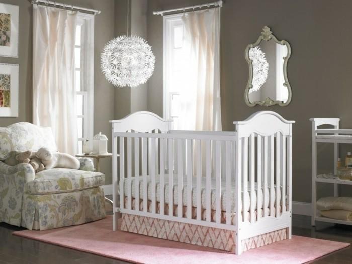 La peinture chambre b b 70 id es sympas for Organisation chambre bebe