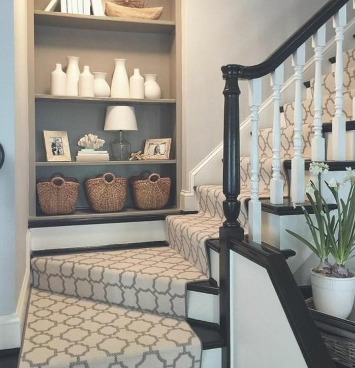 escalier-moderne-escalier-quart-tournant-en-bois-idée-tapis-escalier-magnifique