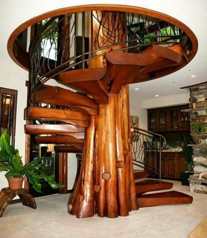 idée-escalier-helicoidal-très-originale-colonne-centrale-imitant-le-tronc-d'un-arbre
