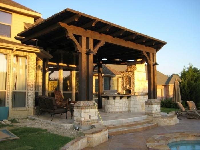 pergola-moderne-en-bois-une-extension-de-maison-qui-crée-un-endroit-propice-à-larelaxation
