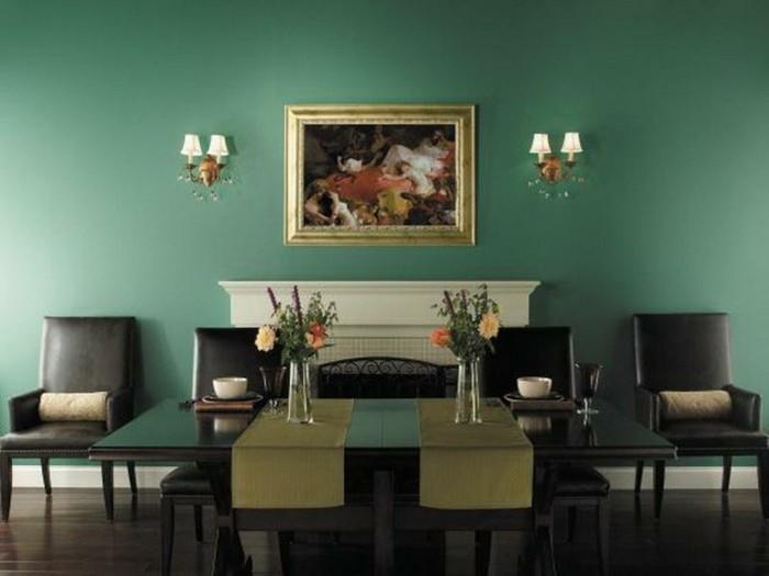 decoration-salle-a-manger-verte-meubles-en-bois-design-simple-et-élégant-chaises-en-cuir-table-en-bois
