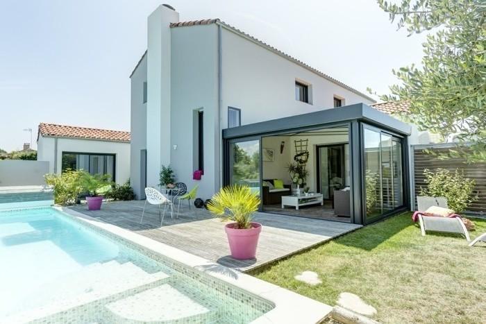 veranda-rideau-modele-de-veranda-acces-simple-légère-à-lignes-pures-design-moderne